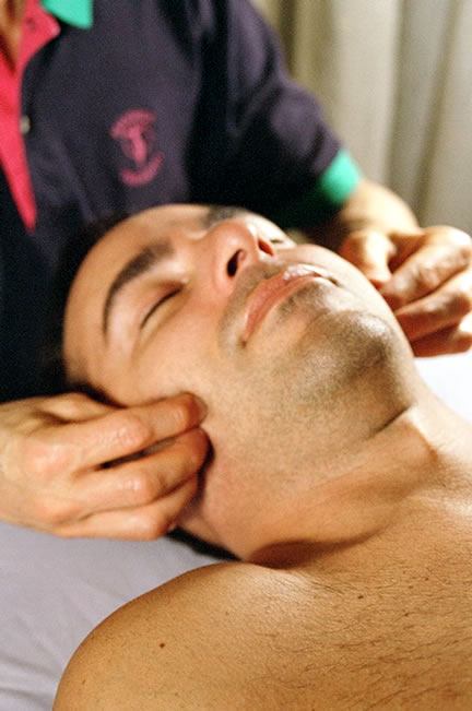 11 Facial massage